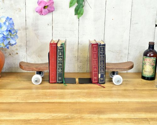 Retro Skate Board Book Ends